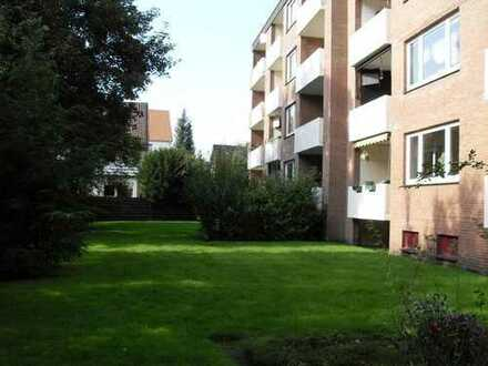 Gepflegte 3-Zimmer-Wohnung mit Balkon, EBK und Garage in Oldenburg