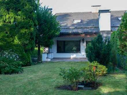 Aubing - Großzügige Doppelhaushälfte mit schönem Garten und Einzelgarage