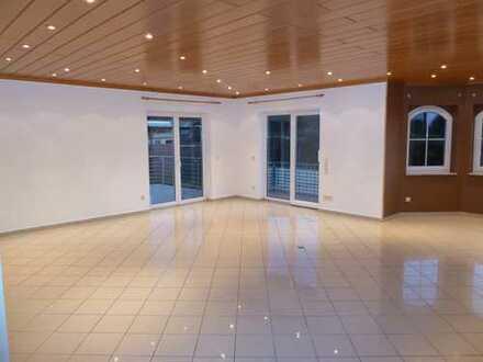 Elegante 3-Zimmer-EG-Wohnung mit großen Garten und Einbauküche in Florstadt-Stammheim