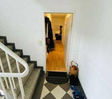 840 €, 90 m², 4 Room(s)