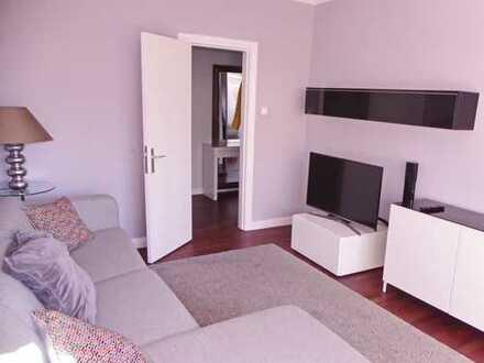 Wunderschöne modern möblierte 2,5 Zimmer Wohnung/ 2 Schlafzimmer/ Süd-Balkon/verfügbar ab 01.07.2020