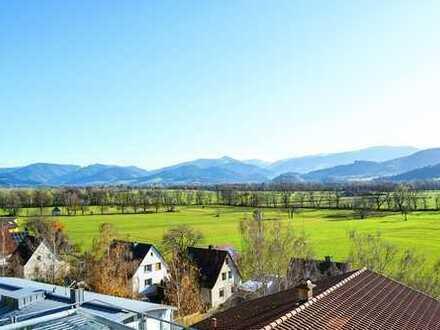 Zum Verkauf: Einfamilienhaus mit Einliegerbereich in fantastischer Aussichtslage von FR-Ebnet