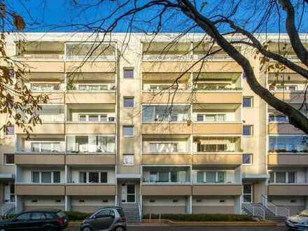 Erstbezug, 4 Zimmerwohnung mit Balkon, Wannenbad und Parkettboden