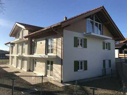 Neubau-Erstbezug: helle und großzügige 4-Zimmerwohnung in Huglfing