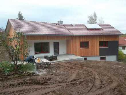 exklusives Einfamilienhaus westlich von Kloster Seeon