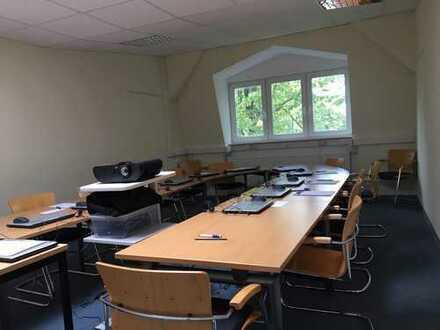 Büro- und Schulungsräume in zentraler Lage von Leer