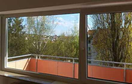 Helle 3-Zimmer-Wohnung mit Balkon und Garage
