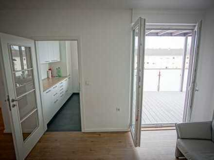Helle, große, kernsanierte Wohnung in den Quadraten mit 20qm Balkon