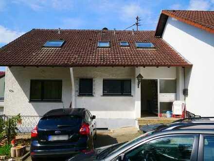 RESERVIERT Seltene Gelegenheit: Gepflegtes, ruhig gelegenes Mehrfamilienhaus in Karlsruhe