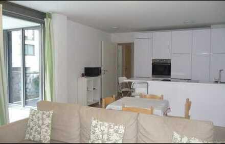 Moderne, hochwertig ausgestattete, 2-Zi.-Whg. mit klarem Grundriss und Innenhofbalkon im Lehel