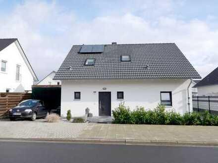 Schönes Einfamilienhaus - großzügig & mit moderner Ausstattung - in guter Wohnlage