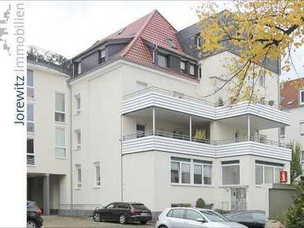 Bielefeld-Altstadt: Renovierte und moderne Citywohnung mit großer Dachterrasse