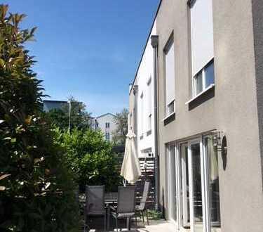 Endlich zuhause! Reihenendhaus mit Terrasse & Garten!+Einbauküche