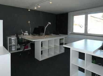 1 bis 2 Arbeitsplätze im Coworking-Büro im Saarlandstraßenviertel