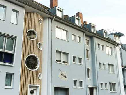 2-Zi.- Dachgesch.-Whg. Domblick, Wohnküche, Lindenthal, für WGs ungeeignet