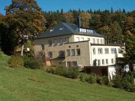 Bezugsfertige Liegenschaft im Erzgebirge für Senioren-Wohngemeinschaft oder Wohnprojekt