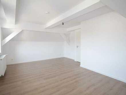 Wohnung über 2 Etagen mit Garten & Keller