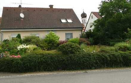 Möbiliertes/ teilmöbiliertes Haus mit Garten in Oberroth Kreis Dachau