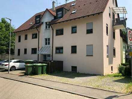 Stilvolle, gepflegte 4-Zimmer-Wohnung mit Balkon in Freiberg am Neckar provisionsfrei vom Eigentümer