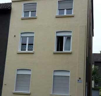 Schöne 2 1/2-Zimmer-Wohnung