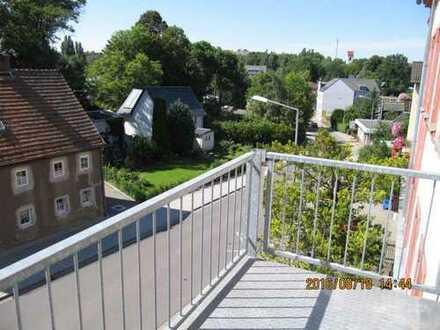 Single Wohnung mit KFZ SP und Balkon im 2. OG