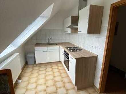 Schönes Zimmer mit Küche und Bad