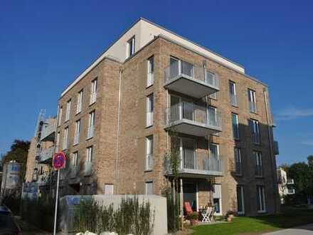 Idyllisches Wohnen am kleinen See… 3-Zimmer-Neubau-Wohnung in ruhiger und dennoch zentraler Lage