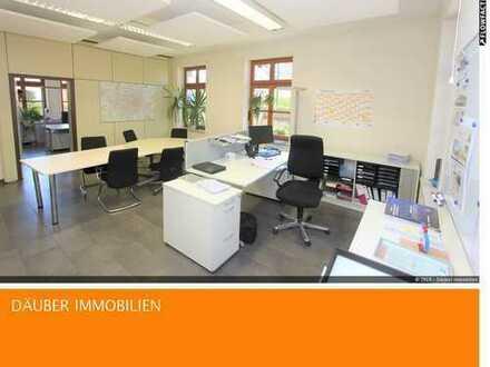 5 Zimmer Büro/Praxis - 2 Eingänge, Teeküche, ca. 116 m² in Bestlage von Feldmoching.