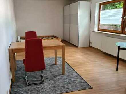 Helle 1-Zimmer-Wohnung, teilmöbliert, im Souterrain eines Einfamilienhauses in Stutensee-Büchig