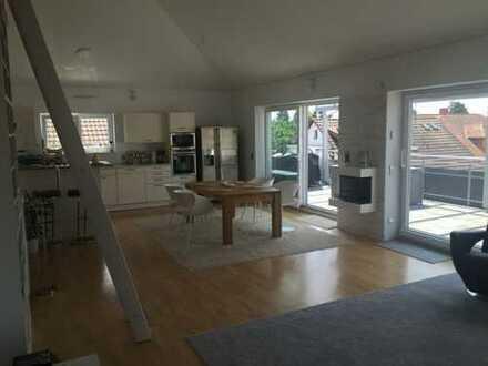 Neuwertige 3-Zimmer-Penthouse-Wohnung mit Terrasse und EBK in Walldorf