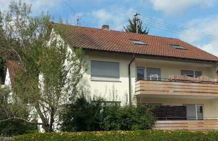 Schöne renovierte 3,5-Zimmer-Hochparterre-Wohnung mit Balkon in Murrhardt