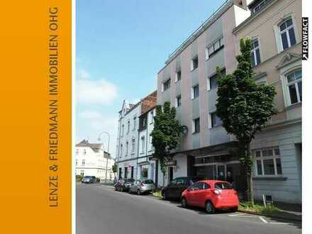 Charmante 2 Zimmer Wohnung mit zwei Balkonen über den Dächern von Köln Dellbrück
