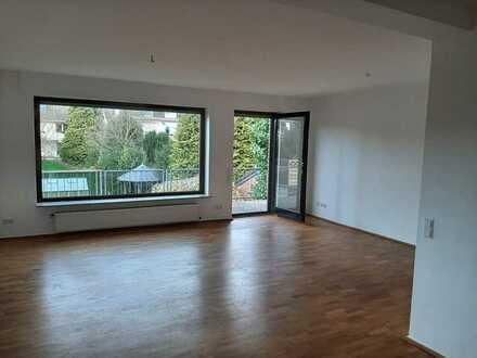 Erstbezug nach Sanierung: freundliche 4-Zimmer-Wohnung mit großflächiger Terrasse in Datteln