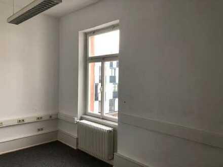 Büroraum im Zentrum von Bühl zu vermieten