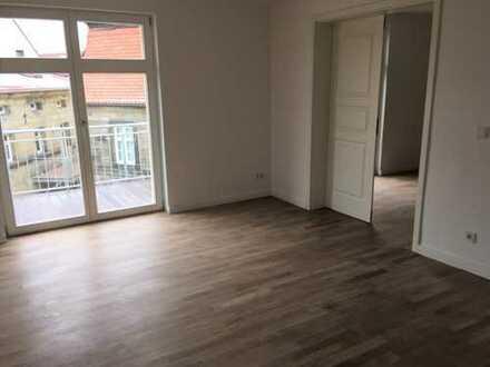 Erstbezug nach Sanierung! 2-Zimmer-Wohnung in erstklassiger Lage am Marktplatz