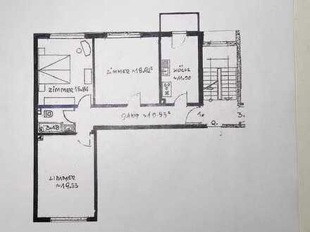 Freundliche und geräumige 3-Zimmer-Wohnung mit Balkon in Stein
