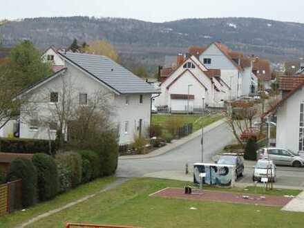 Energieeffi. hochwert. teilmöbel. Neubau Wohn. m. Südterrasse u. Taunusblick i. Wehrheim b. Bad Hg