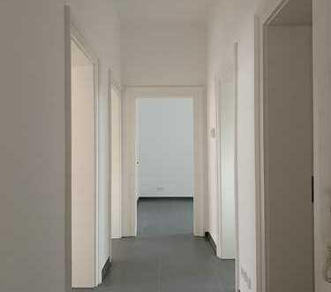 Erstbezug nach Sanierung mit Balkon: stilvolle 3-Zimmer-Wohnung in Heidelberg-Weststadt!