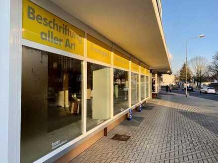 Schöner großer Laden direkt gegenüber dem Rathaus !!!
