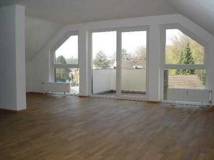 Gemütliches Dachgeschoss-Appartment mit EBK in Schildgen