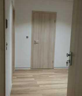 Erstbezug nach Sanierung: 3-Zimmer-Wohnung mit Balkon in Kraichtal