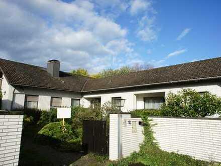 Repräsentatives Doppelhaus in Friemersheim