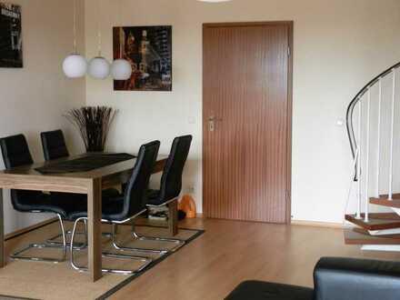 Gepflegte 3-Zimmer-Maisonette-Wohnung mit Balkon im Zentrum von Gersthofen