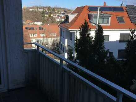 Kleine möblierte 2-Zimmer-Wohnung mit Balkon in Top-Wohnlage!