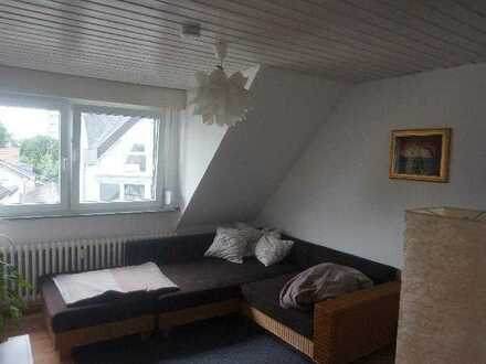 Gemütliche 2 Zimmerwhg. mit 45m²WF,Dachboden u. PKWstellplatz in Beuel-Limperich zu vermieten