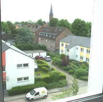 TOP MODERNISIERT! Citylage mit großem Balkon