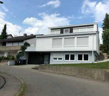 Schönes, geräumiges Haus mit sieben Zimmern in Denkendorf, Kreis Esslingen