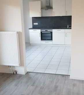 Erstbezug nach Sanierung mit Einbauküche und Balkon: stilvolle 1-Zimmer-Wohnung in Lastrup