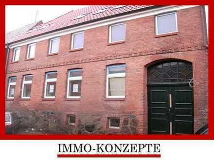 Crivitz Stadtzentrum - Schöne und helle 2-Zimmer-Wohnung in 1A-Zustand