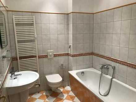 Außergewöhnlich geschnittene 4-R-Maisonette-Wohnung ab SOFORT frei